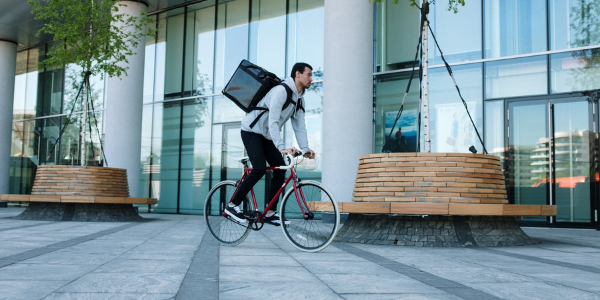 Is it worth starting a courier business now?